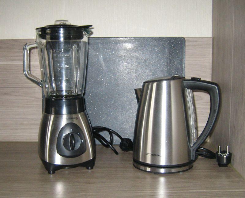 Stabmixer-Wasserkocher