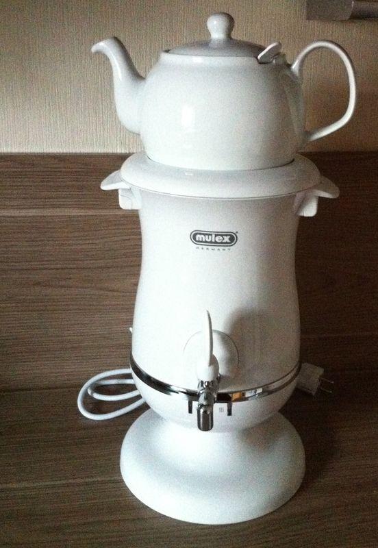 Samowar Wasserkoch und Teekocher