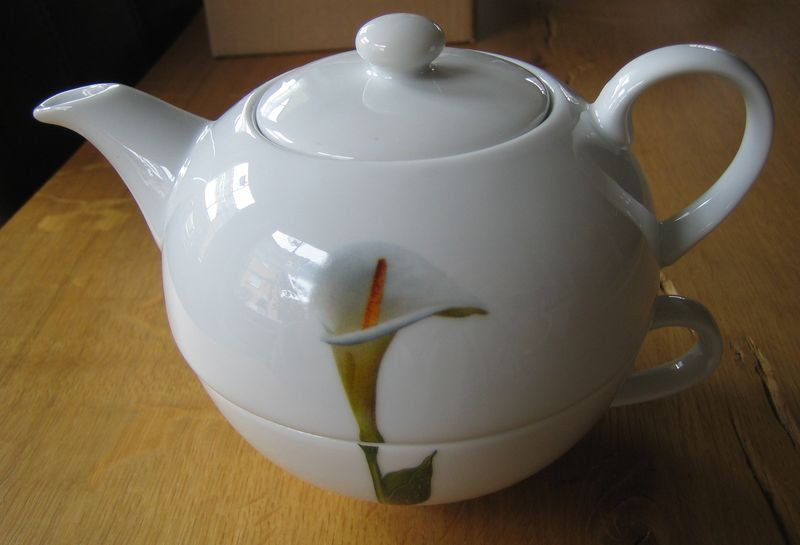 Tea-for-One-Set Calla
