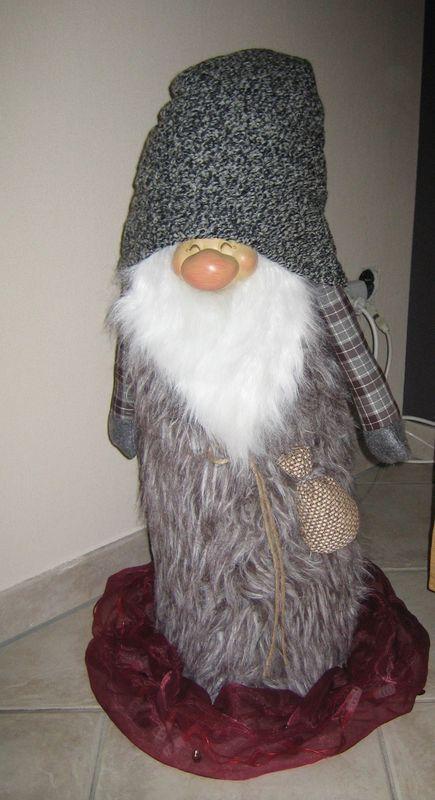 Wichtel mit Riesen- Zipfelmütze 135 cm Deko Weihnachten