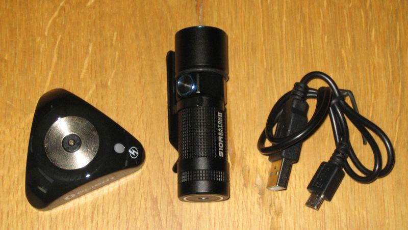 LED-Taschenlampe-mit-Akku
