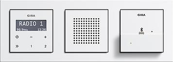 Gira-Unterputz-Radio-mit-Dockingstation