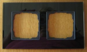 Rahmen-schwarzglasoptik