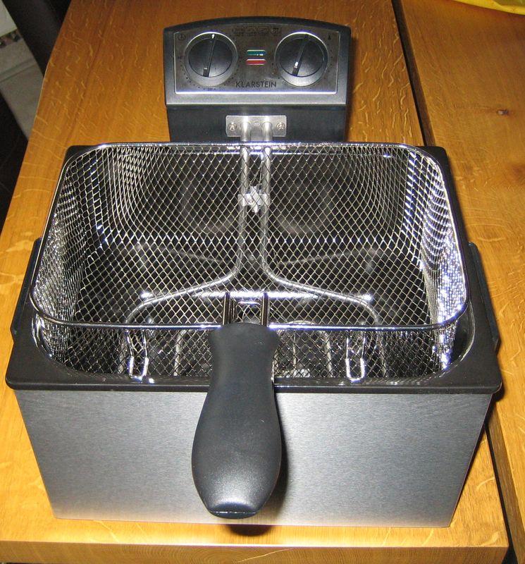 Diese Fritteuse Sieht Durch Das Hochwertige Edelstahlgehäuse Nicht Nur  Schick Aus, Sondern Ist Mit 3000 Watt Auch Absolut Leistungsstark.